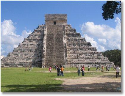 pyramid Chichén Itzá