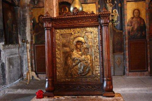 98 manastirea glavacioc icoana maicii domnului img 5843